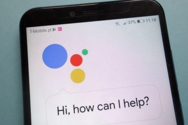 GoogleAssistant di Ponselmu Ingin Mengeluarkan Suara Artis? Ini Caranya