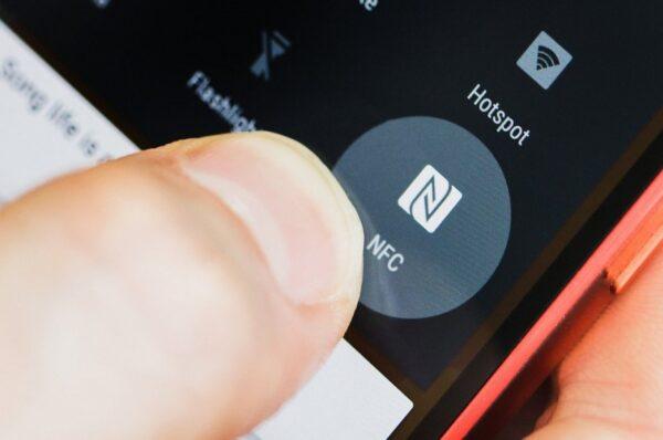 Apa Fungsi NFC dan Bagaimana Cara Menggunakannya?